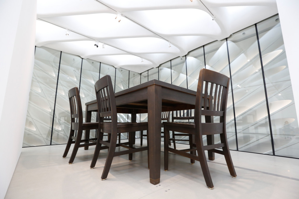 Robert Therrien, Under the Table, 1994 © 2015 Robert Therrien / Artists Rights Society (ARS), New York, NY