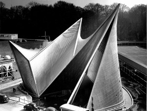 10_philips_pavilion_at_the_worlds_fair_brussels