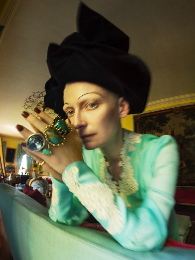 Tim Walker, Why not be oneself?, 'Tilda Swinton'. Fashion: Gucci, Marc Jacobs. Jewellery: Lisa Eisner Jewelry, Vela, Uno de 50, A. Brandt + Son. Renishaw Hall, Derbyshire, 2018 © Tim Walker Studio