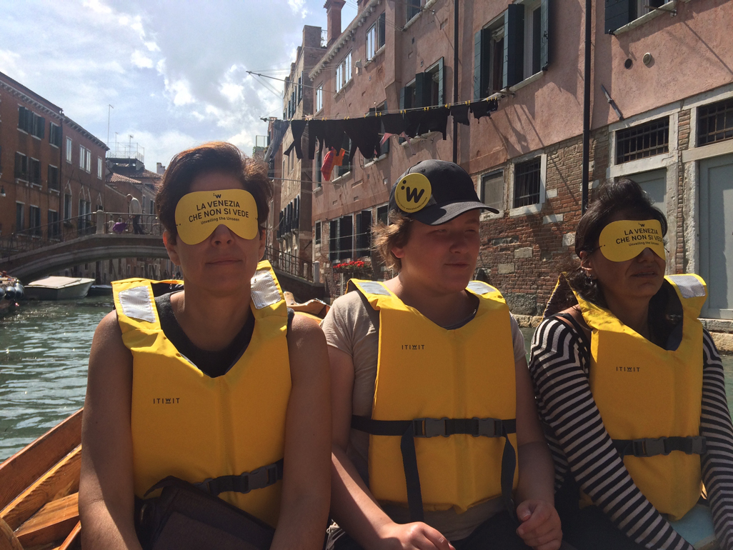 On the BlindWiki boat trip with guide Guilia, centre