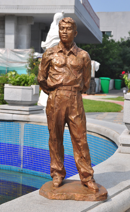 olivers statue