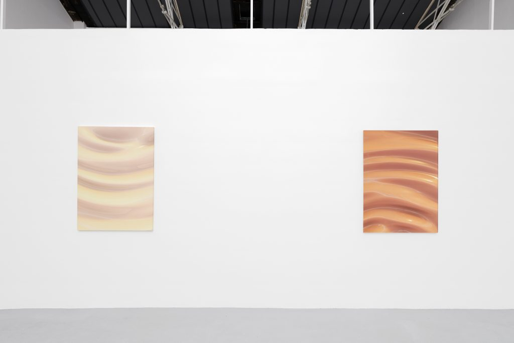 Ben Elliot, Perfect365 n°2 &13, 2020. Exhibition view, Galerie Hussenot, Paris, France. FAD MAGAZINE