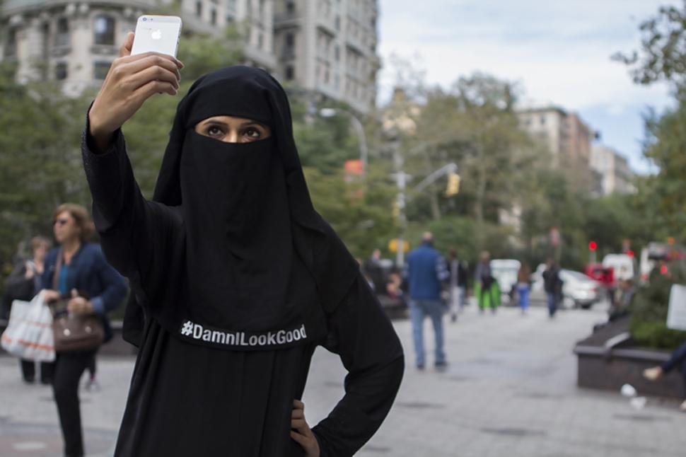 2014-10-14-damnilookgood-hijab