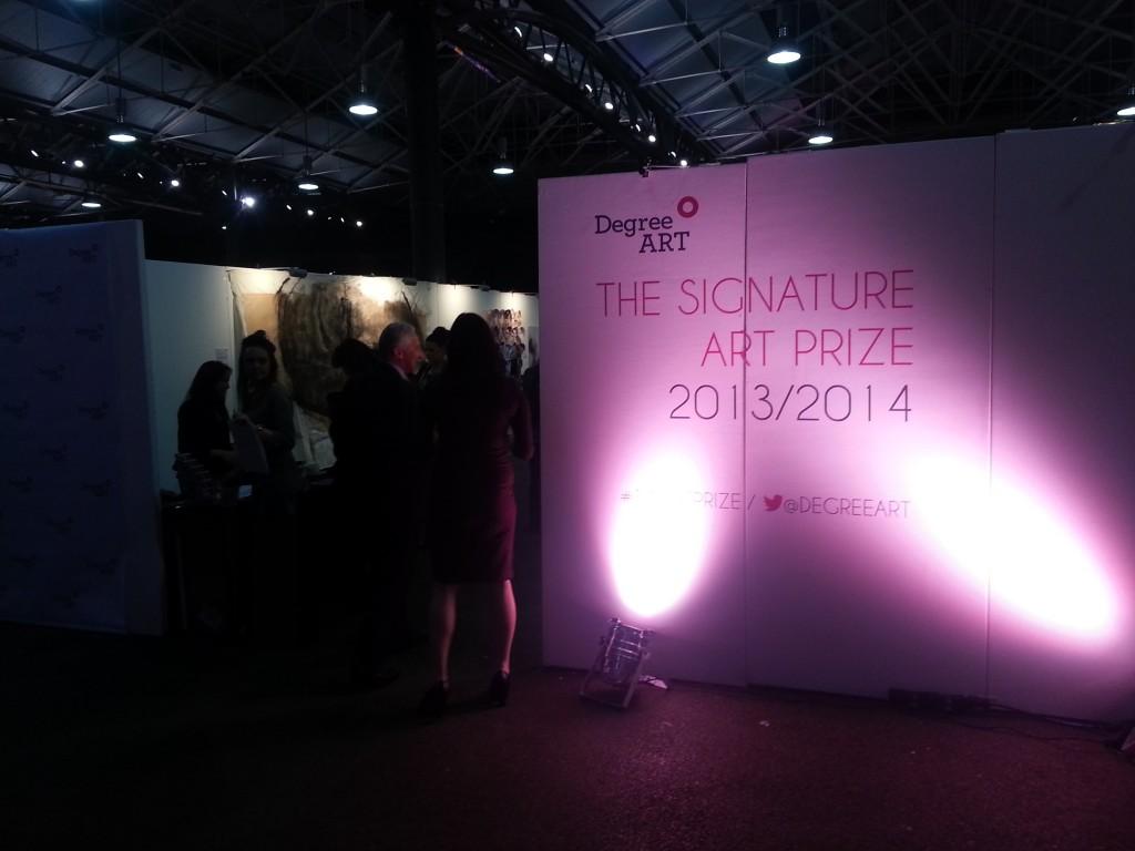 signature art prize photo