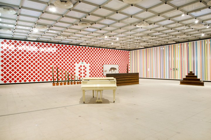 Martin Creed, What's the Point of it, Hayward Gallery, 2014 Installation view, photo Linda Nylind