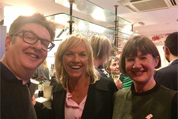 Mark Wallinger, Elisabeth Murdoch and the Fruitmarket Gallery director Fiona Bradley