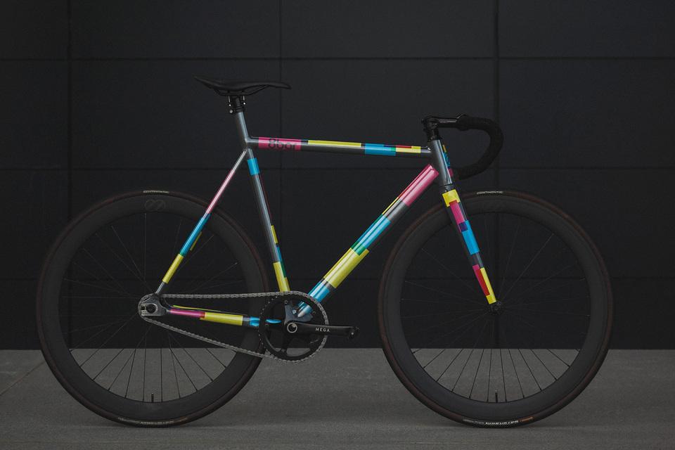 8bar-krzberg-v5-fixed-gear-bike-frameset-01-960x640