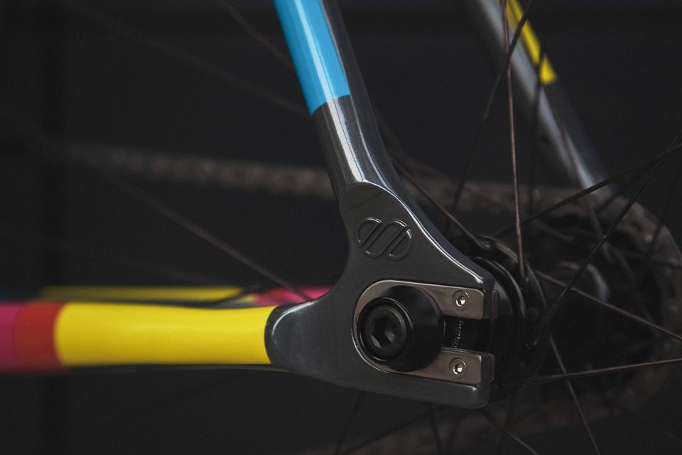 8bar-krzberg-v5-fixed-gear-bike-frameset-05-960x640