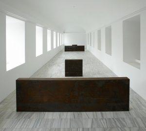 How could a museum lose an 83,000-pound Richard Serra sculpture?