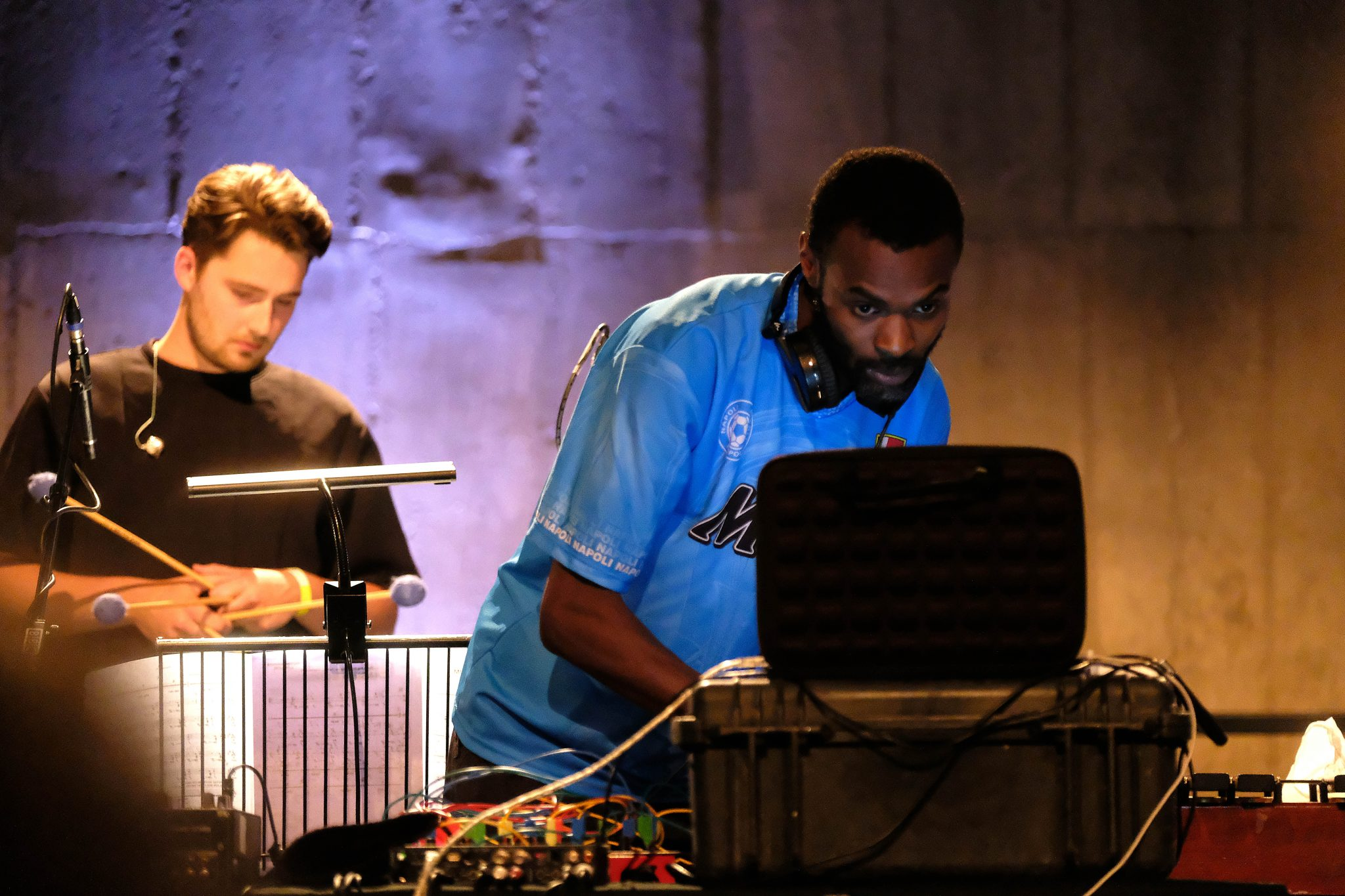 London Contemporary Orchestra perform a specially curated Prom in the Tanks at Tate Modern, Sara Mohr-Pietsch presents performances by Actress: electronics, Rodrigo Constanzo: drums/electronics/lights, Exaudi: vocal ensemble, Robert Ames & Hugh Brunt; directors, on Wednesday 6 Sept. 2017. Photo by Mark Allan FADMagazine