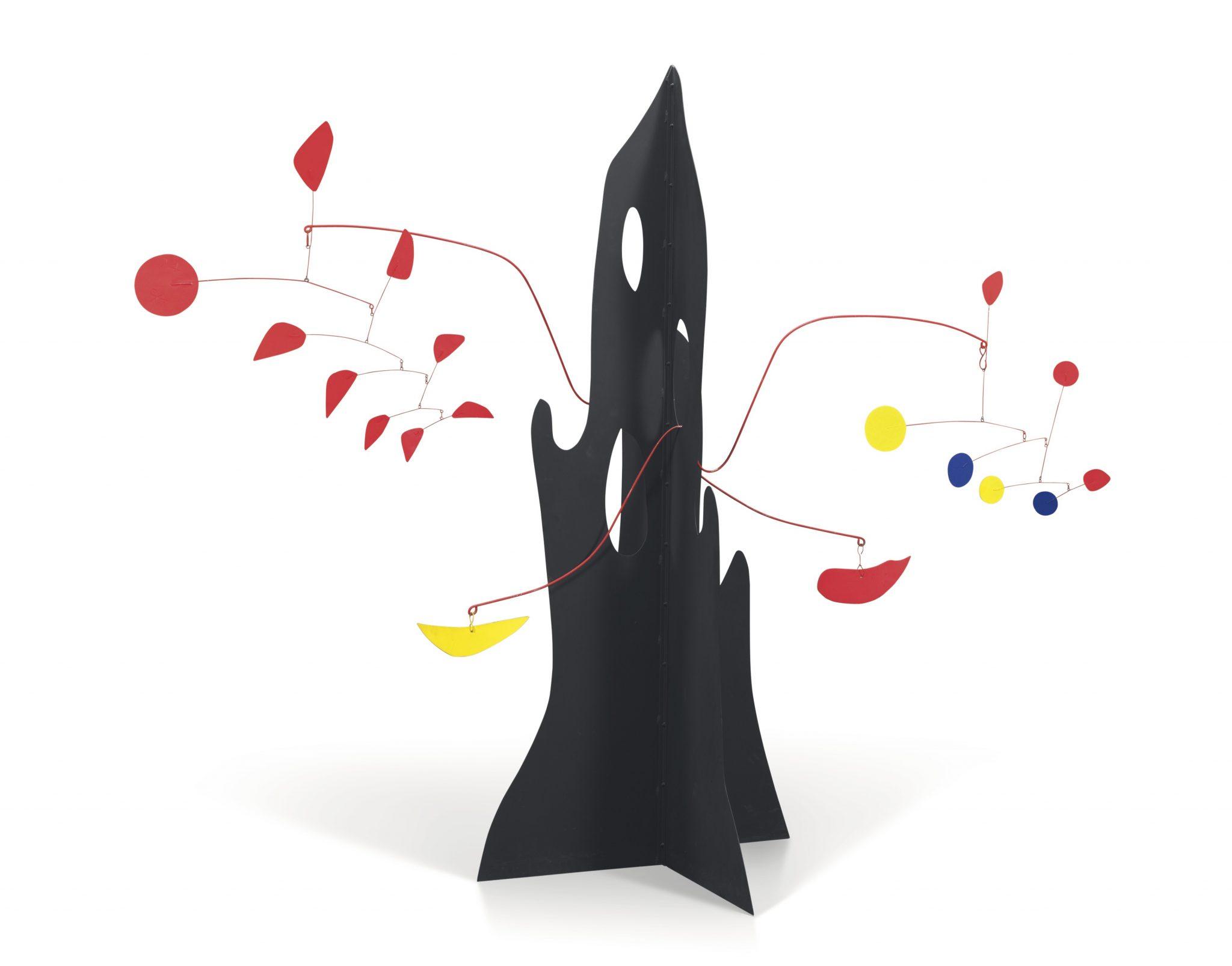 Alexander Calder, Crag with Yellow Boomerang and Red Eggplant, 1974, Láminas de metal pintado y alambre, 198.1 x 238.7 x 104.1cm, Pictures courtesy of Mayoral