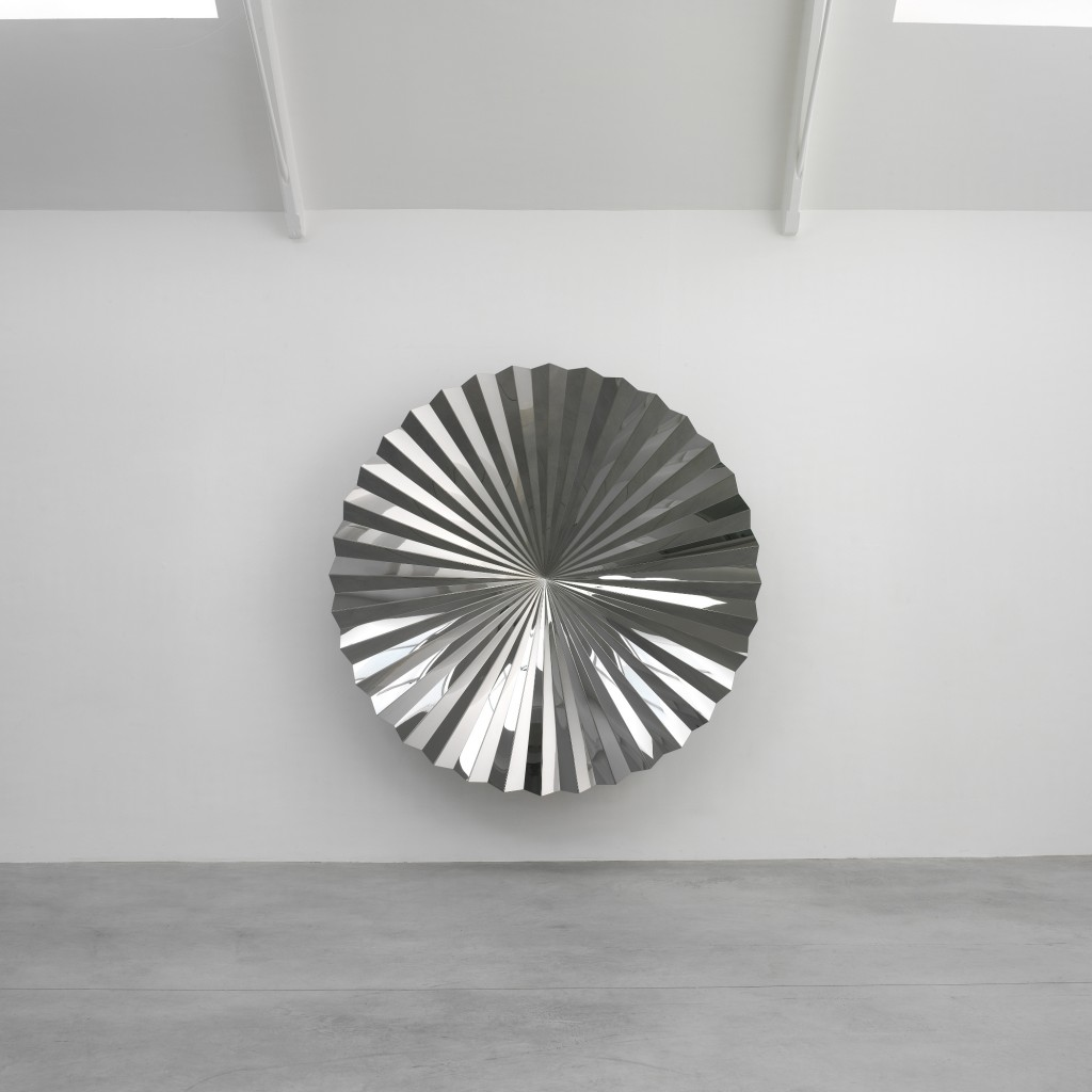 Anish Kapoor, Untitled, 2009, Stainless steel, Courtesy the artist and Lisson Gallery