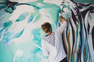 Artfinder artist Hannah Adamaszek live painting c. Liam Keown