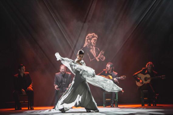 Ballet Flamenco – Sara Baras - Voces - Suite Flamenca (cred Santana de Yepes) VI