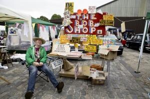 Bob & Roberta Smith at Vauxhall Art Car Boot Fair 2013 (66)