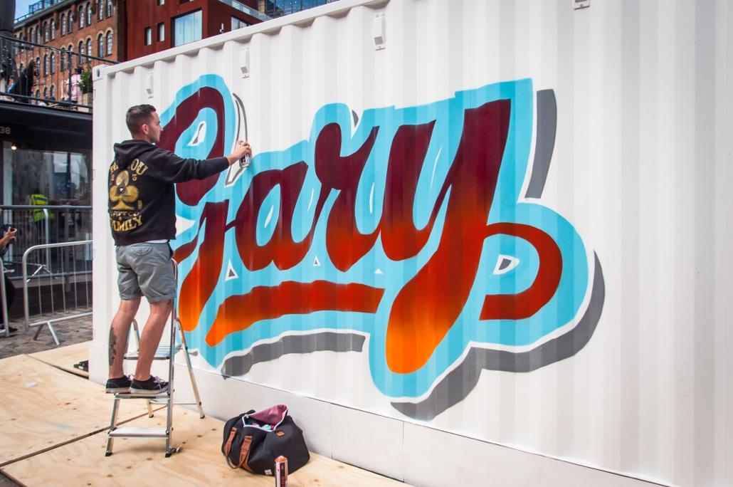 video legendary graffiti artist aroe talks about his artwork 39 bomb the box 39 fad magazine. Black Bedroom Furniture Sets. Home Design Ideas