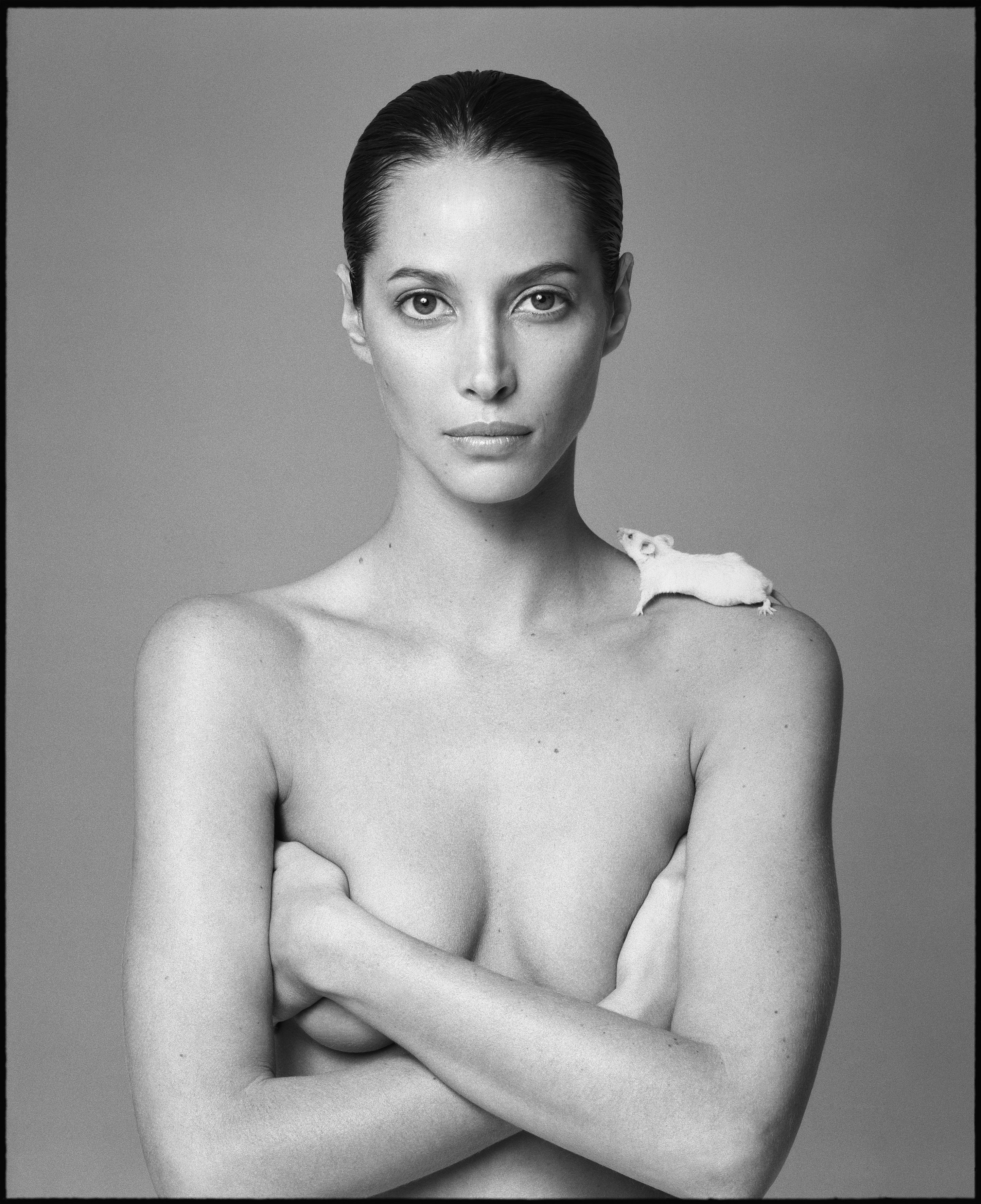 Christy with Mouse by Patrick Demarchelier-Photo -London
