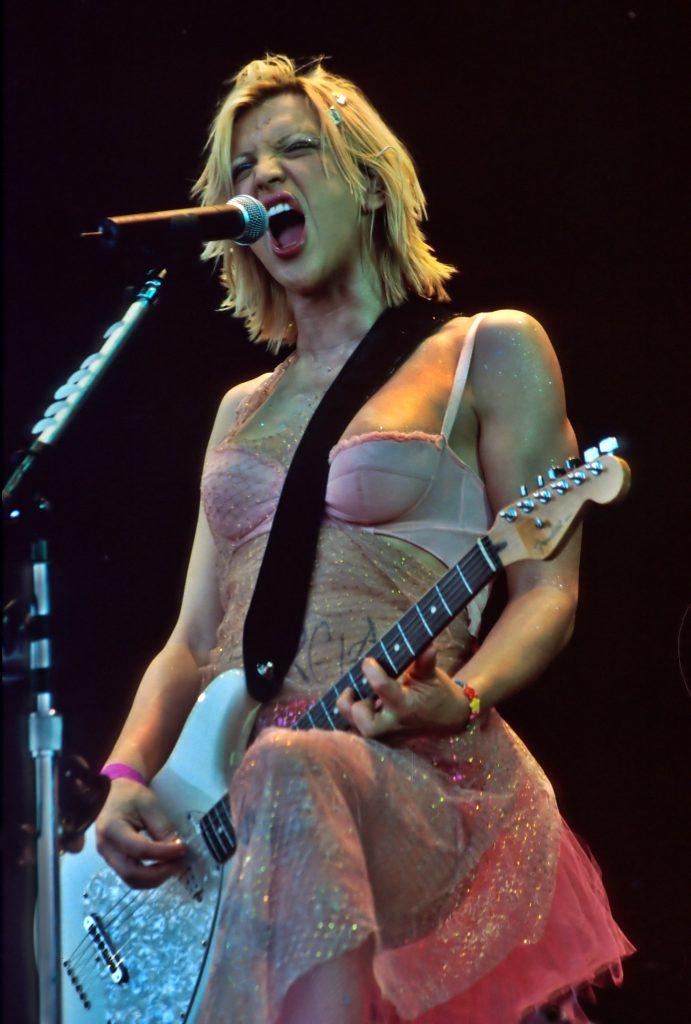 Courtney Love, 1999 (c) Ann Cook