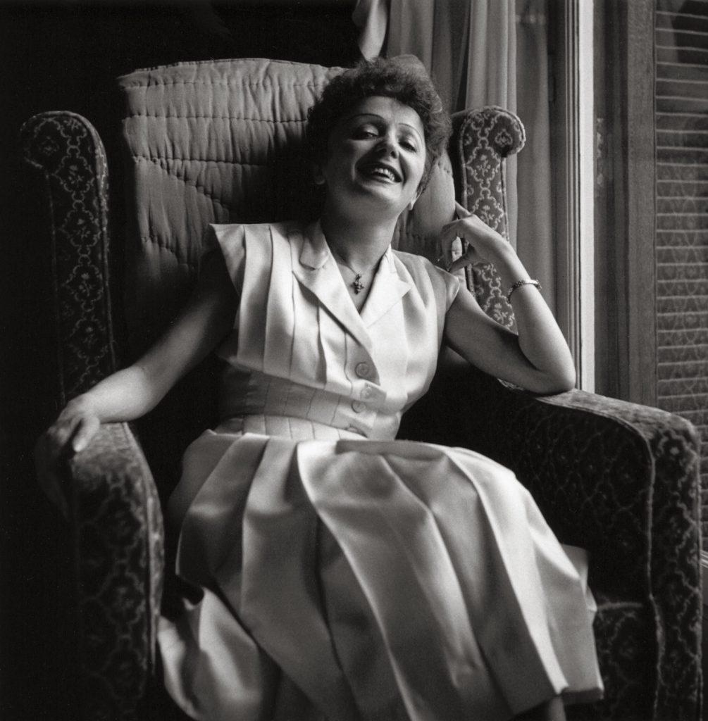 Edith Piaf, Paris, 1950 © Marilyn Stafford-18
