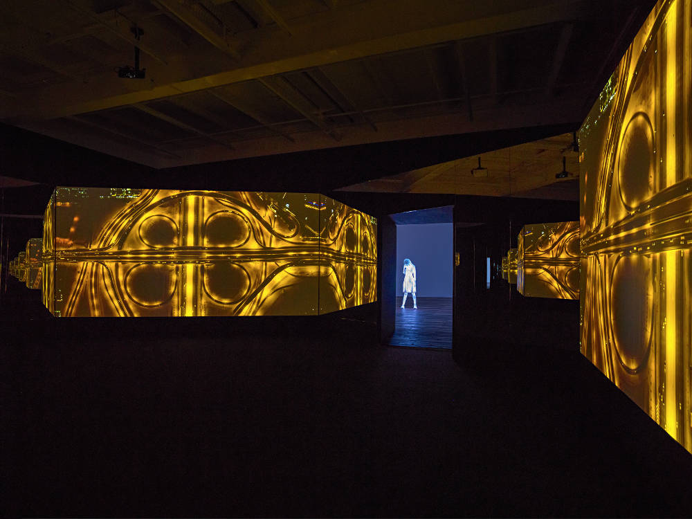 From the VRchives Galerie Eva Presenhuber Doug Aitken