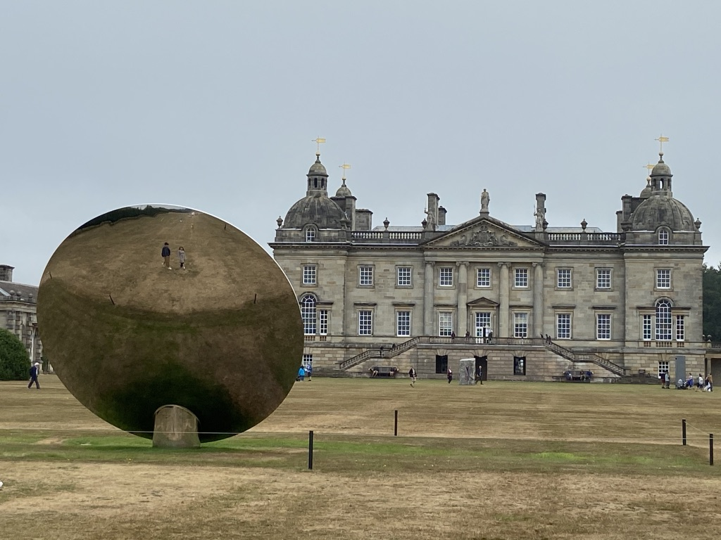 Anish Kapoor at Houghton Hall / Photo by Sky Sharrock