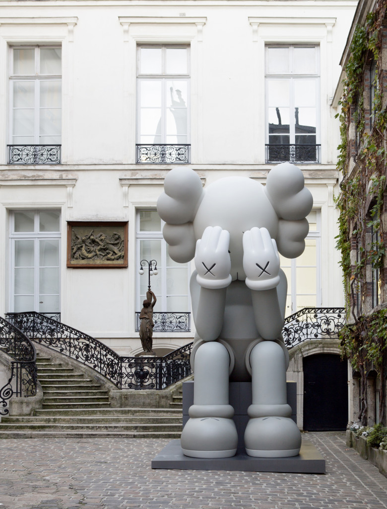 KAWS, Companion (Passing Through), 2010. Courtesy the artist and YSP
