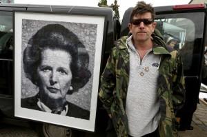 Marcus Harvey & Maggie Thatcher at Vauxhall Art Car Boot Fair 2013 (96)