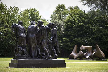 Moore Rodin REVIEW:  Moore Rodin @ Perry Green