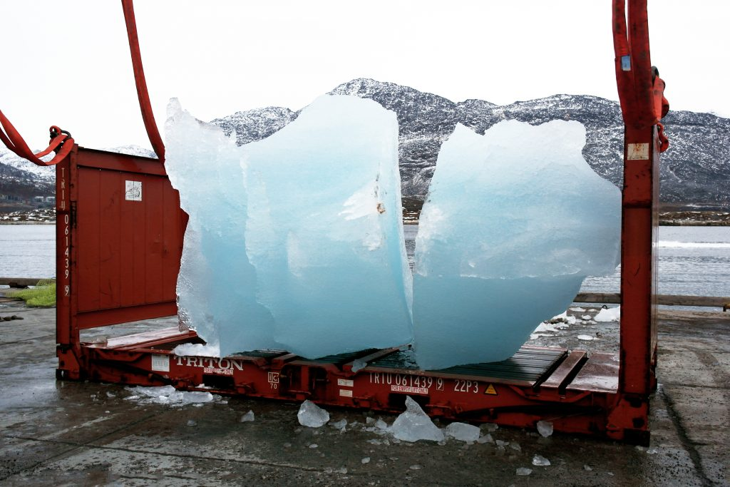 Loading ice at Nuuk Port and Harbour, Greenland, for Ice Watch in Copenhagen, 2014Photo: Group Greenland© 2014 Olafur Eliasson