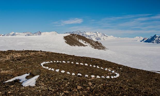 Richard Long's A Circle in Antarctica, 2012.