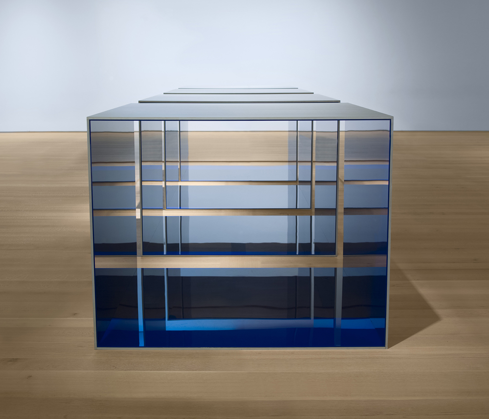 Donald Judd. Untitled. 1969. Clear anodized aluminum and blue Plexiglas; four units, each 48 × 60 × 60? (121.9 × 152.4 × 152.4 cm), with 12? (30.5 cm) intervals. Overall: 48 × 276 × 60? (121.9 × 701 × 152.4 cm). Saint Louis Art Museum. Funds given by the Shoenberg Foundation, Inc. © 2020 Judd Foundation / Artists Rights Society (ARS), New York