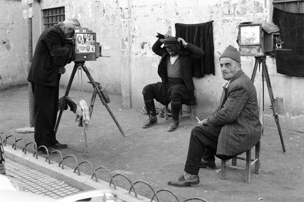 treet-photographers-Tripoli-Lebanon-1960-©Marilyn-Stafford-with-PP