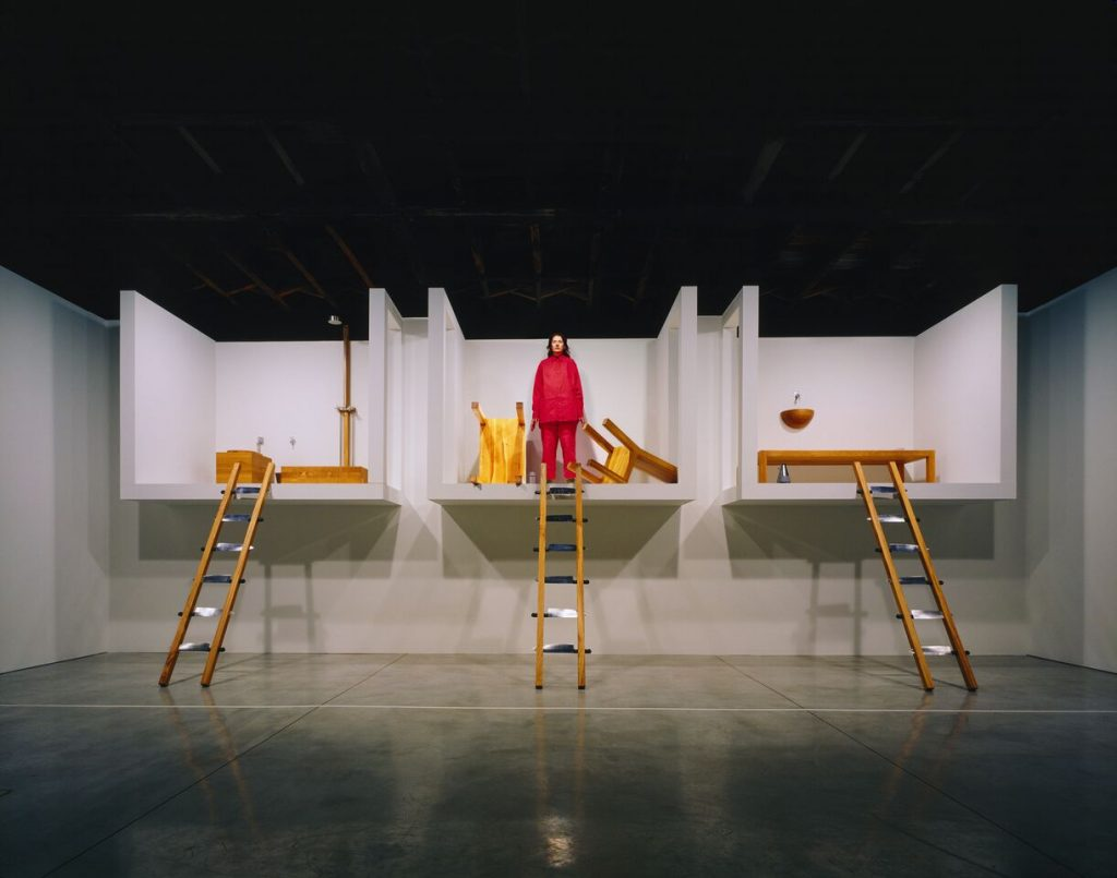 arina  Abramovi?  The  House  with  the  Ocean  View  2002-2017,  sound  installation,  bed  with  mineral  pillow,  sink,  chair  with  mineral  pillow,  table,  toilet,  shower  basin,  shower,  three  ladders  with  knives,  metronome,  water  glass.  New  York,  Abramovic  LLC,  MAC/2017/072  Credit:  Ph.  Attilio  Maranzano.  Courtesy  of  the  Marina  Abramovi?  Archives  Marina  Abramovi?  by  SIAE  2018