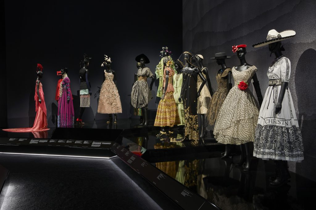 3f1f7f686c83 V A Christian Dior Designer of Dreams exhibition Travels section (c) ADRIEN  DIRAND