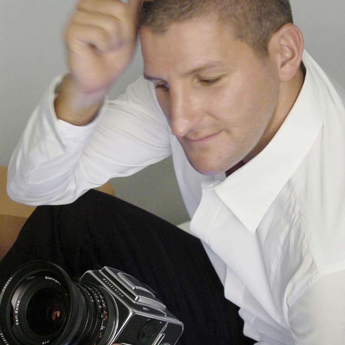 <b>Alexander James</b> answers FAD&#39;s questions to Andrea Fam - aj-portrait