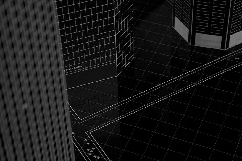 bank-robbery-under-black-carpets-designboom04