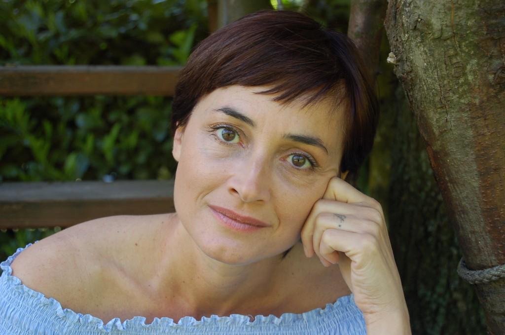 bonora portrait 1024x679 NODI CONTEMPORANEI LOREDANA BONORA'S FIRST SOLO EXHIBITION OPENING NIGHT:   Thursday, September 20th 2012
