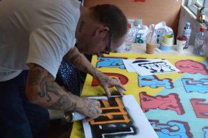 Ben Eine auctions Cuban- inspired artwork for Shelter