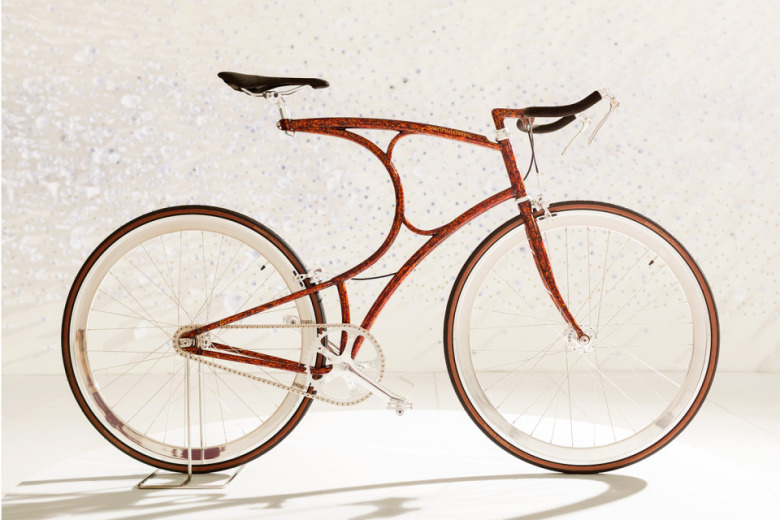 limited-edition-vanhulsteijn-bicycles-on-display-at-paul-smith-milano-1
