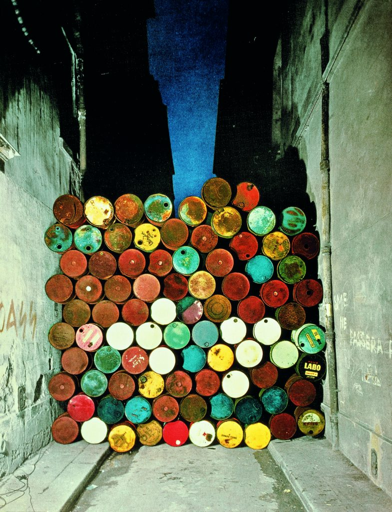 Christo and Jeanne-Claude, Wall of Barrels - The Iron Curtain, Rue Visconti, Paris, 1961-62  Courtesy of the artist, Photo- Jean-Dominique Lajoux © 1962 Christo