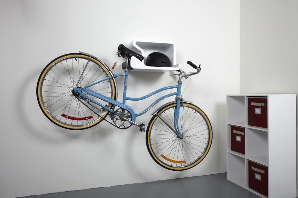 art design hang your bike like art fad magazine. Black Bedroom Furniture Sets. Home Design Ideas