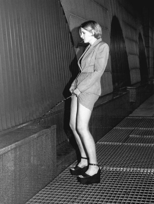 Sophy Rickett: 'Pissing Woman (test)', 1994