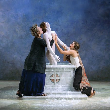 Bill Viola, Emergence 2002. Color HD video, 11:40 minutes, rear projection on screen mounted on wall in dark room. Performers: Weba Garretson, John Hay, Sarah Steben. 213 x 213 cm. Courtesy Bill Viola Studio.