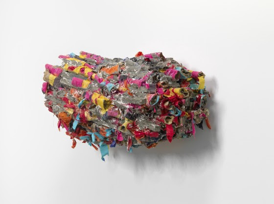 Phyllida Barlow, untitled: pressed, 2018 Cardboard, cement, PVA, paint, plaster, plywood, poly cotton, polyurethane foam, sand, spray paint, tape, timber, steel, 69 x 120 x 58 cm Courtesy the artist and Hauser & Wirth © Phyllida Barlow. Photo: Alex Delfanne